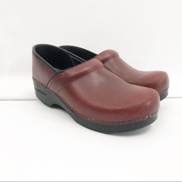 Dansko Professional Red Leather Size 4